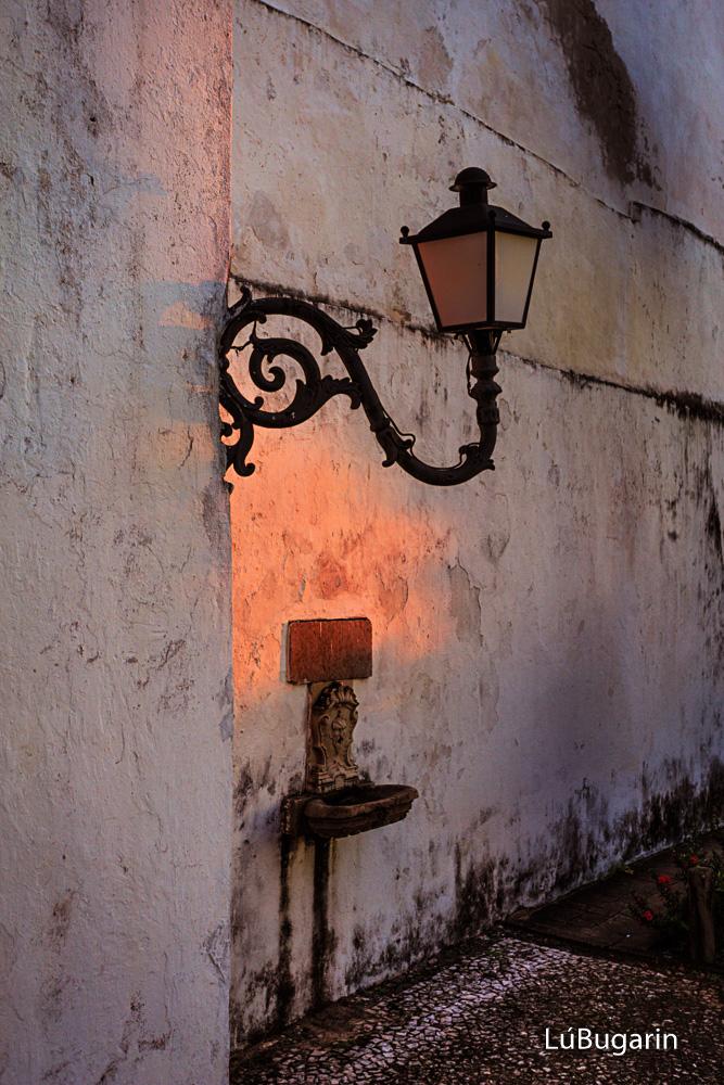 Luz, tempo e eomção.